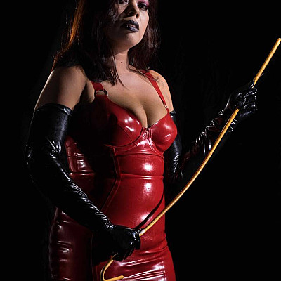 Mistress Charlyn Profile Image